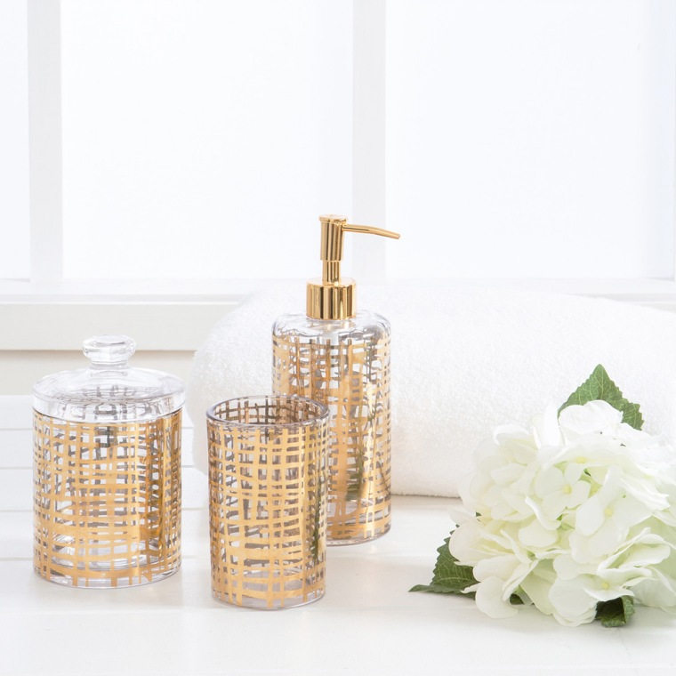 luxurious-bathroom-accessories