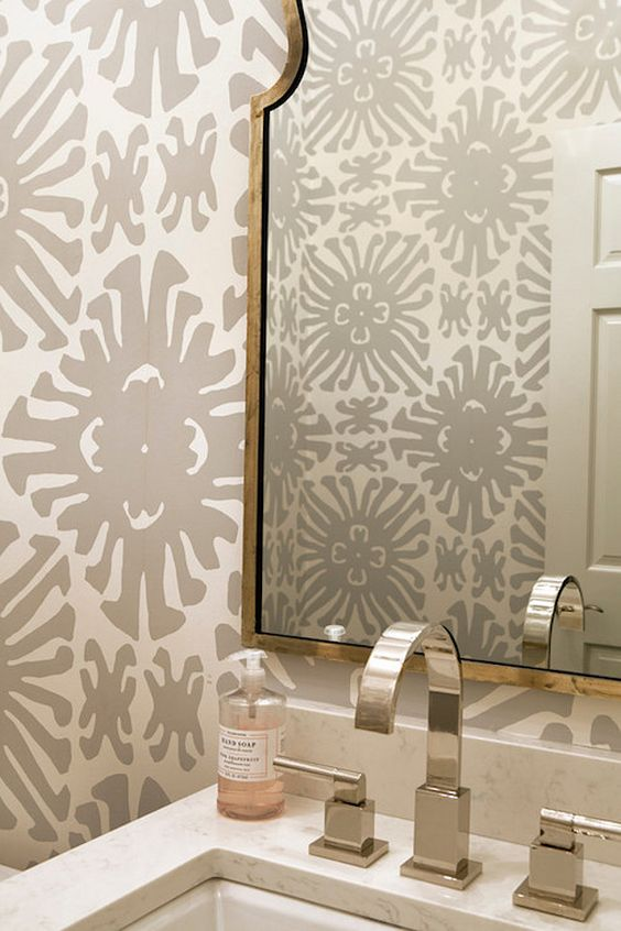 wallpaper-in-powder-room