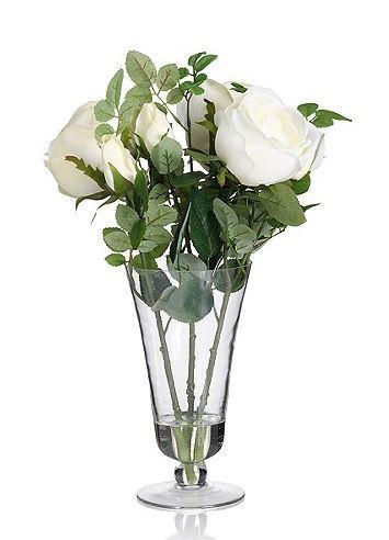 white-roses-glass-vase